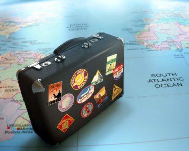 Viaggiare Come andare in Sicilia ? Aeroporto Catania, Voli low-cost, noleggio auto traghetti 1